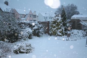 Snow in Grays 30 Nov 2010 Copyright: Peter Harvey