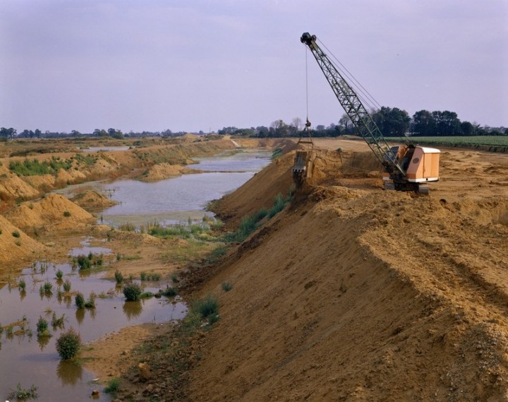 Barling Gravel Pit in 1973. Copyright: British Geological Survey (P211766).